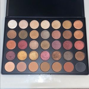 Morphe Eyeshadow Palette 35F Fall Into Frost